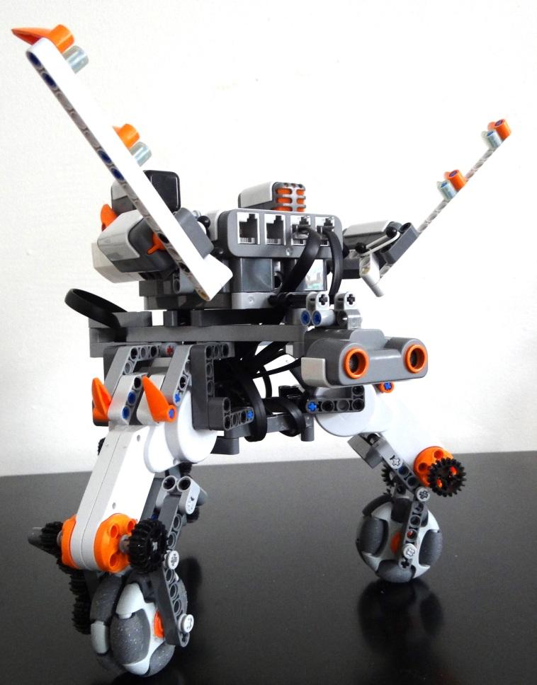 Robot Square - (Mindstorms) Robot design and development