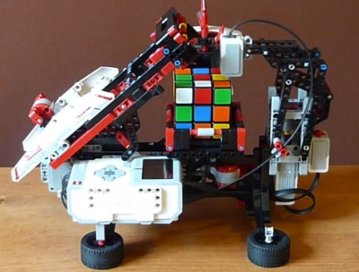 Ev3 building archives robotsquare lego mindstorms ev3 solves rubiks cubes in under two minutes sciox Choice Image